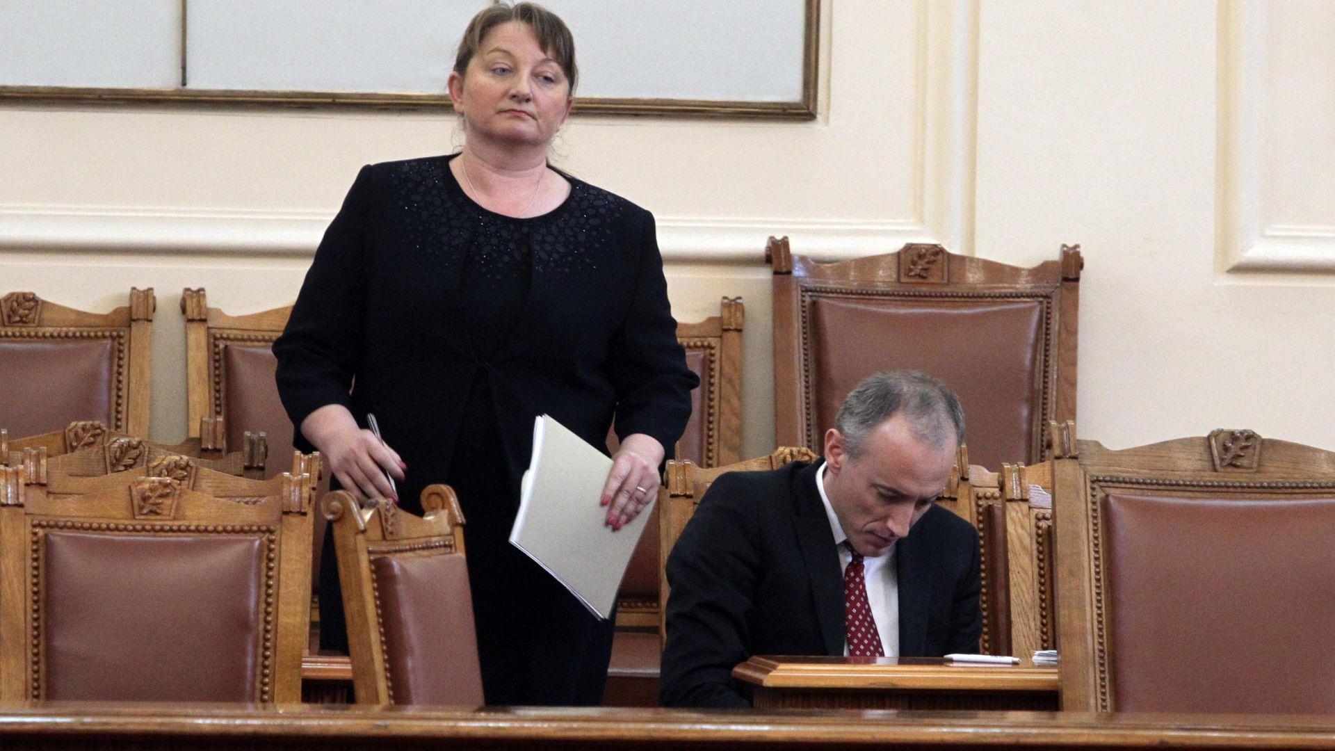 Деница Сачева предлага Кодекс за социална закрила