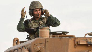 Гръцки и турски военни сили може да се сблъскат на либийски терен