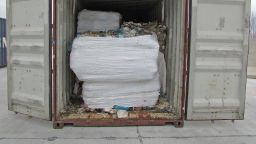 Прокуратурата във Варна разследва 25 контейнера с отпадъци от Италия