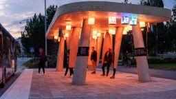Създадоха интелигентна автобусна спирка