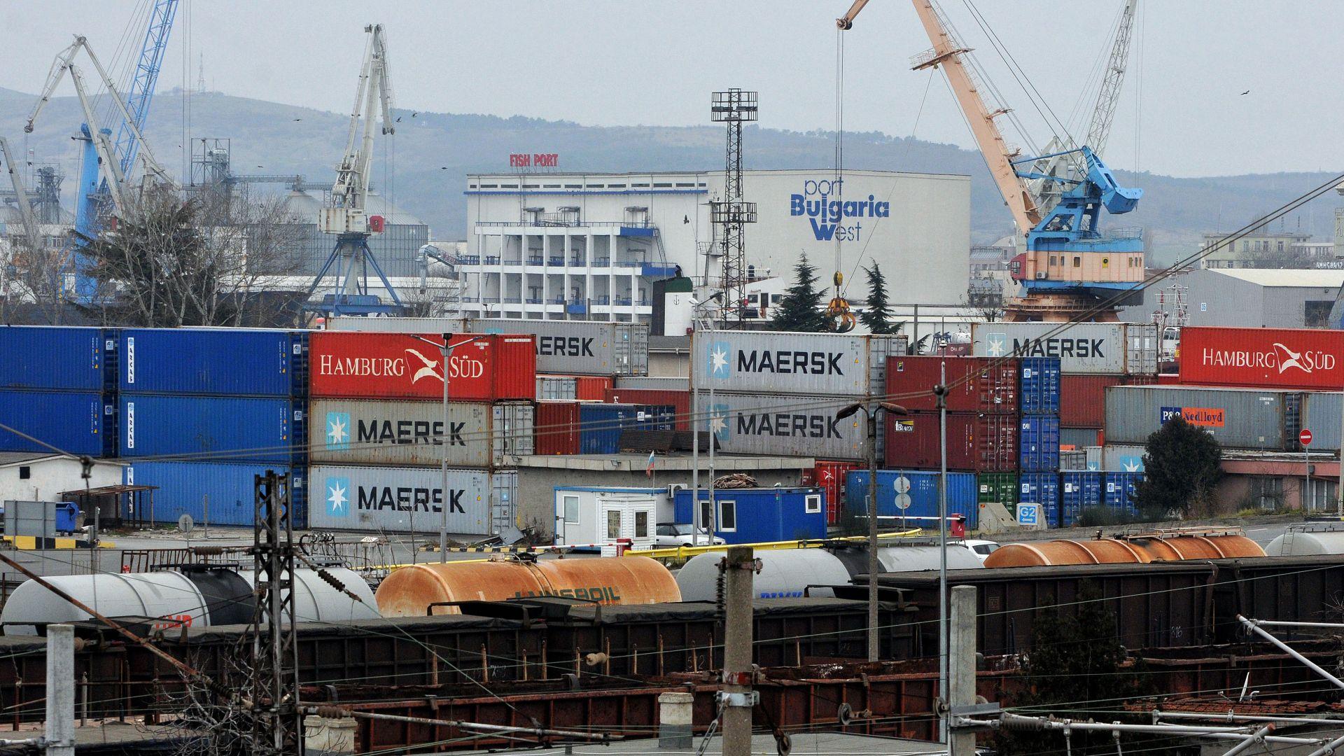 Снимка: Прокурори разследват внос на боклук от Италия и през Бургас