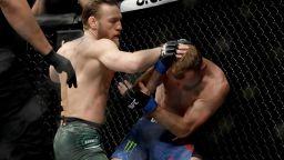 Конър Макгрегър се завръща в клетката на UFC през януари