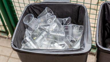 Малайзия връща обратно 150 контейнера с боклуци в различни страни
