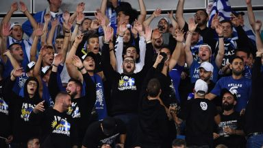 20 гръцки фенове са изгонени от трибуните на Australian Open