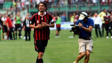 Денят, в който рицарят на Милан за първи път сложи червено-черната броня