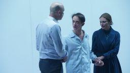 """Премиерният спектакъл на """"Синът"""" в Народния театър разтърси публиката"""