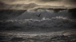 Бурята Глория връхлетя Испания