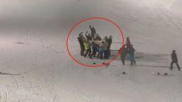 Малчуган увисна от лифт в Боровец, баща му го спаси като по чудо