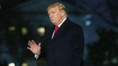 Адвокатите на Тръмп поискаха Сенатът да го оневини незабавно