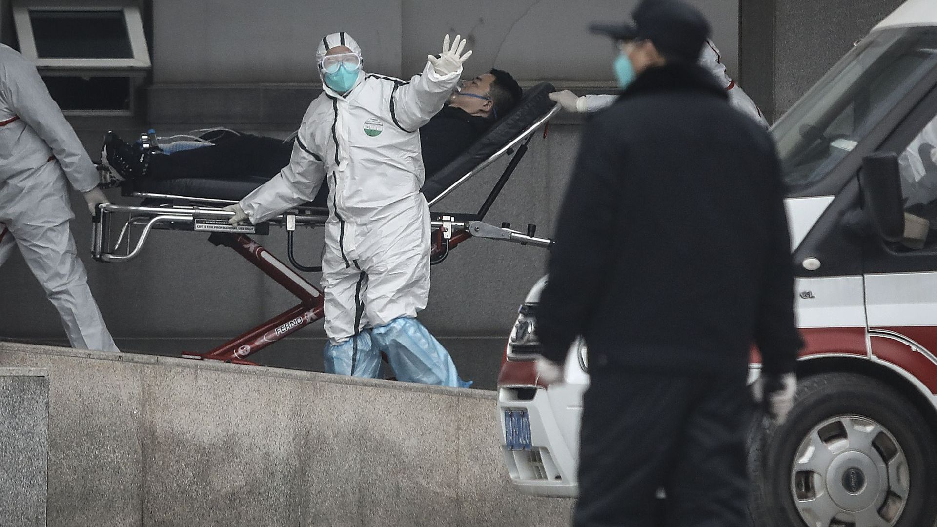 Смъртоносната зараза от Китай вече е в Европа (обновена)