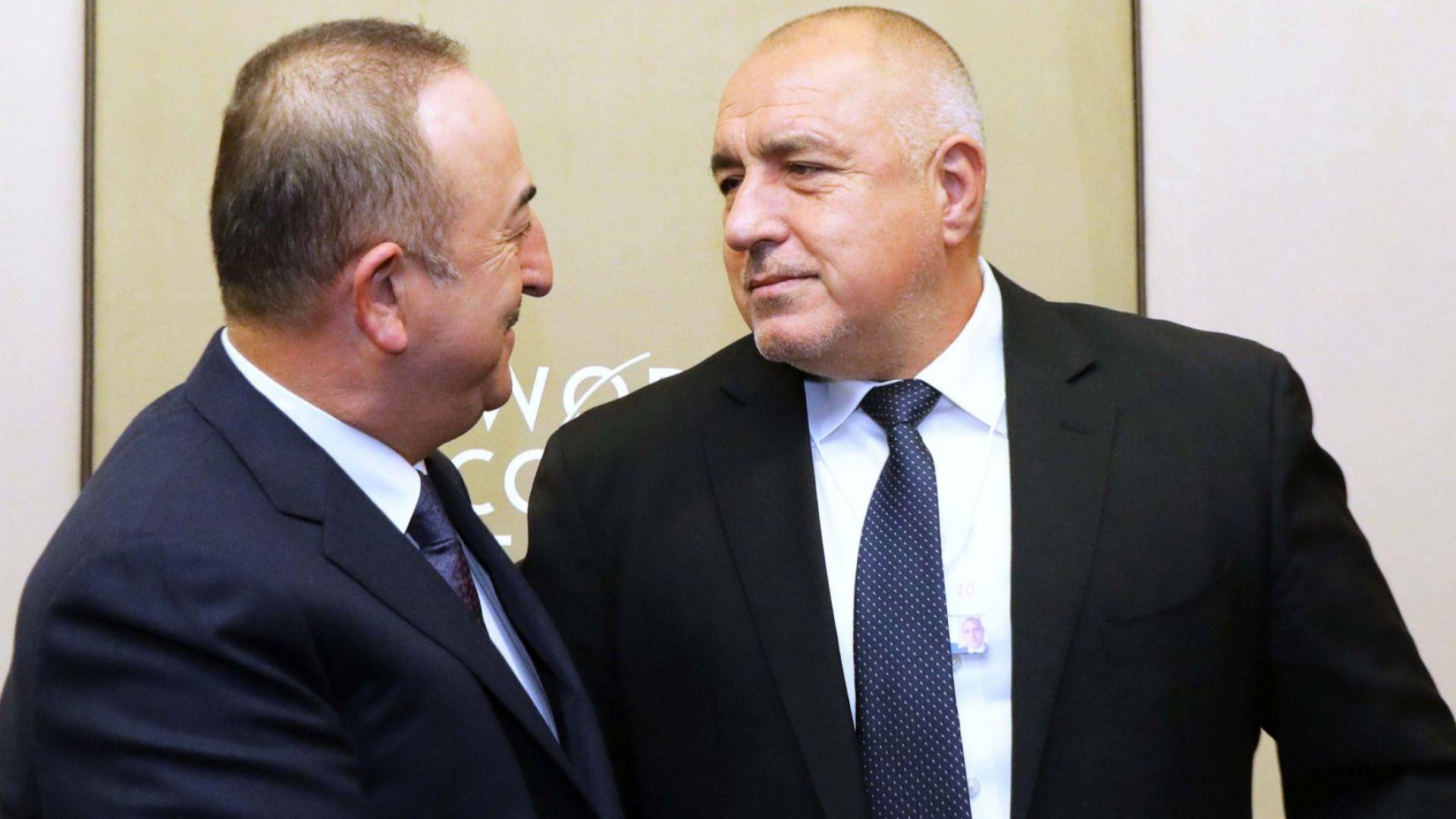 С външния министър на Турция Мевлют Чавушоглу