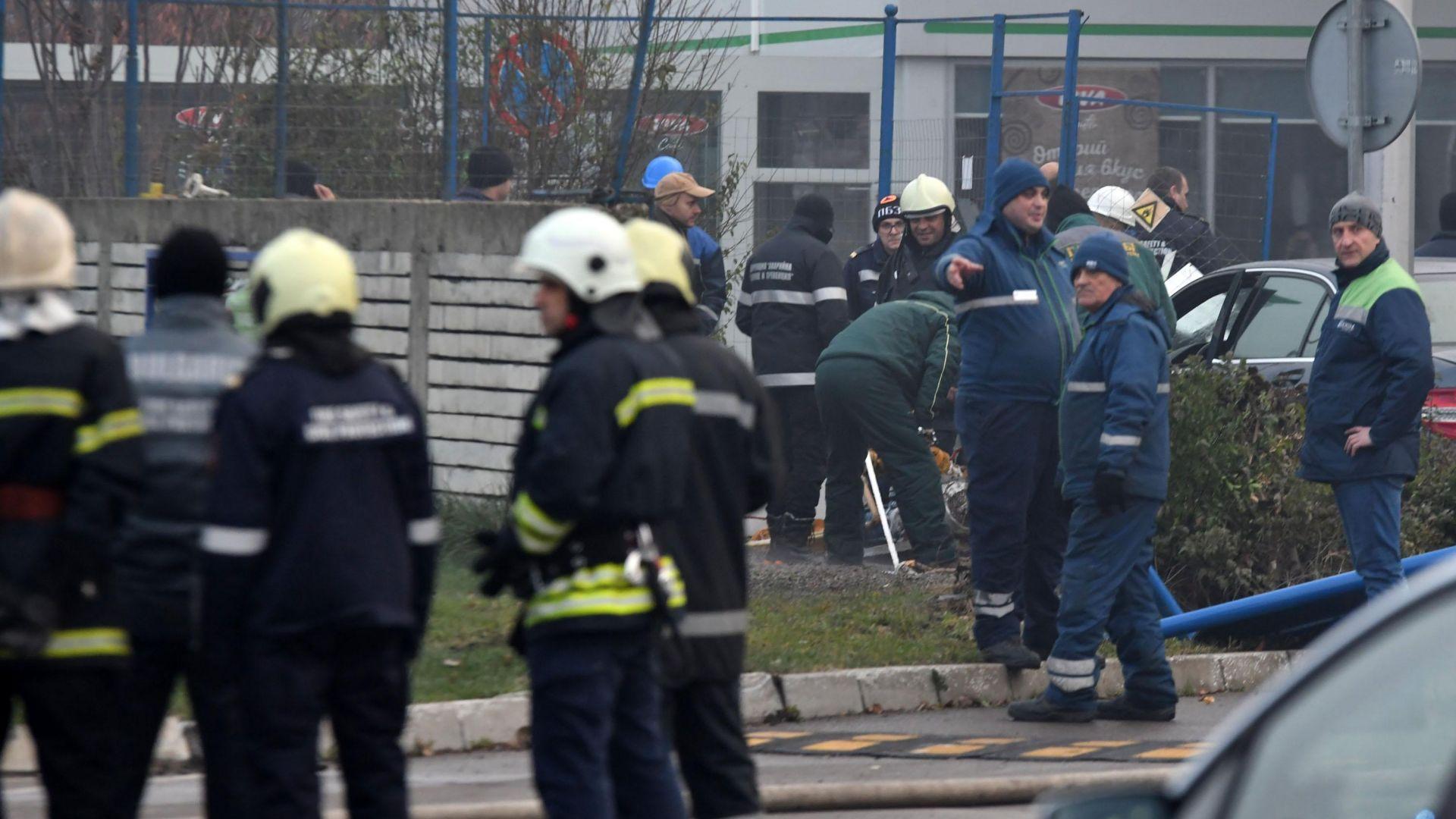 """Миризма на газ блокира района около столичния театър """"София"""""""