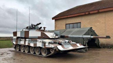 Англия приема на въоръжение танк с изкуствено зрение