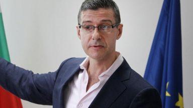 Шефът на БНР обвини Боил Банов и екипа му в наглост и внесе оставка
