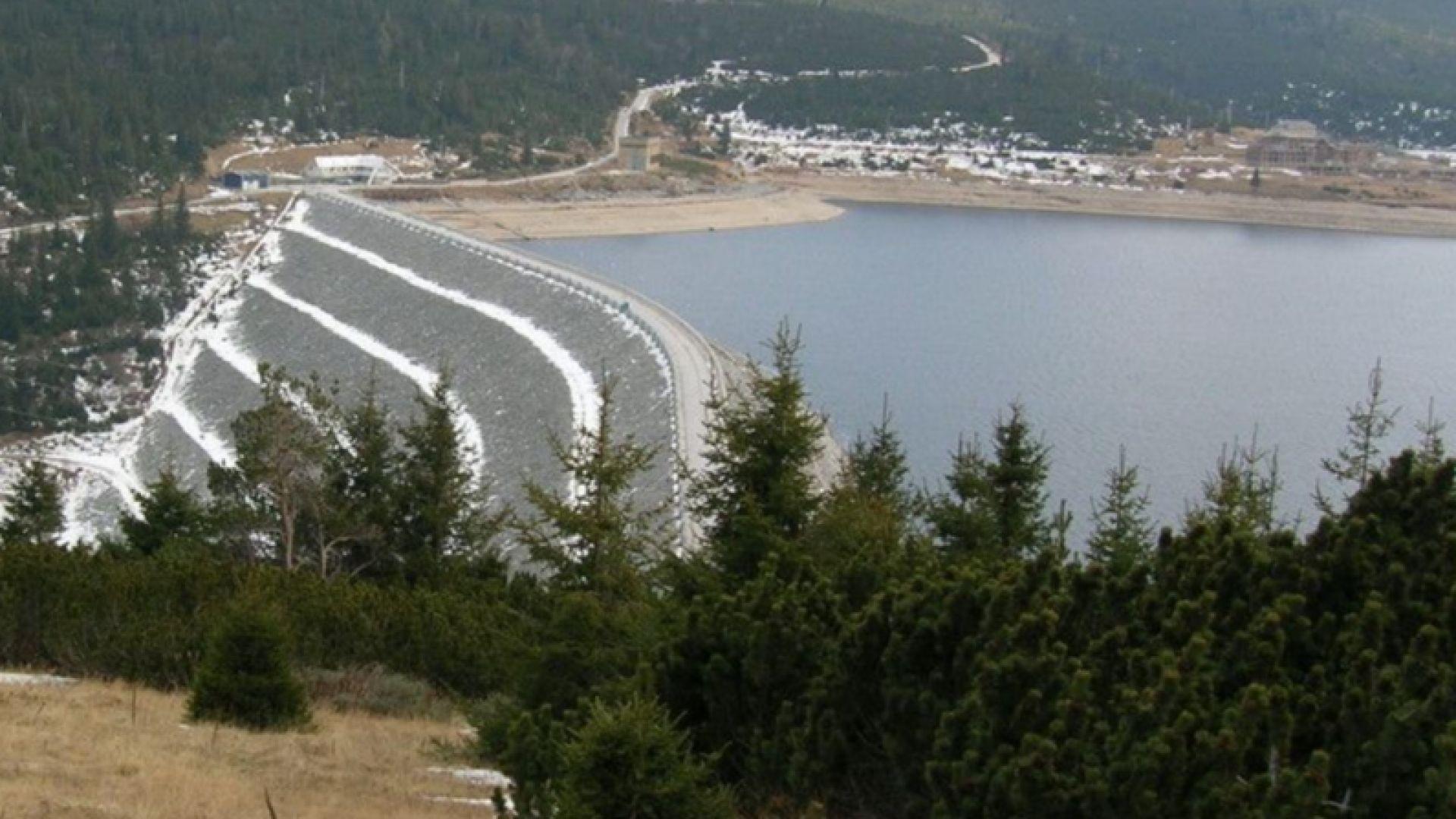 МОСВ спира ползването на води от питейни язовири за промишлени нужди и енергетика
