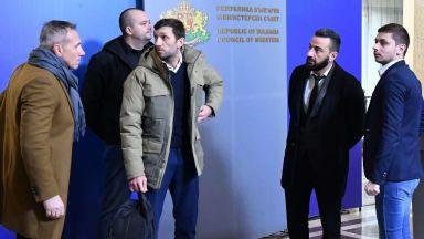 Феновете на Левски: От 10 години клубът е разменна монета в политически игри