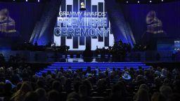 "Пренебрегнаха музикалните легенди на наградите ""Грами"""