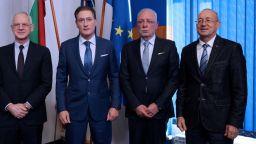 Кирил Домусчиев прати писмо на премиера: Направете конкурс за шеф на БЕХ