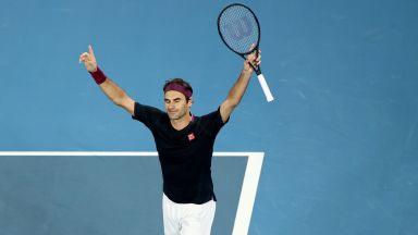 Федерер мина през 4-часов австралийски Ад, но вдигна победно ръка