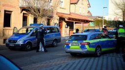 Шестима убити и двама тежко ранени при стрелба в южногермански град