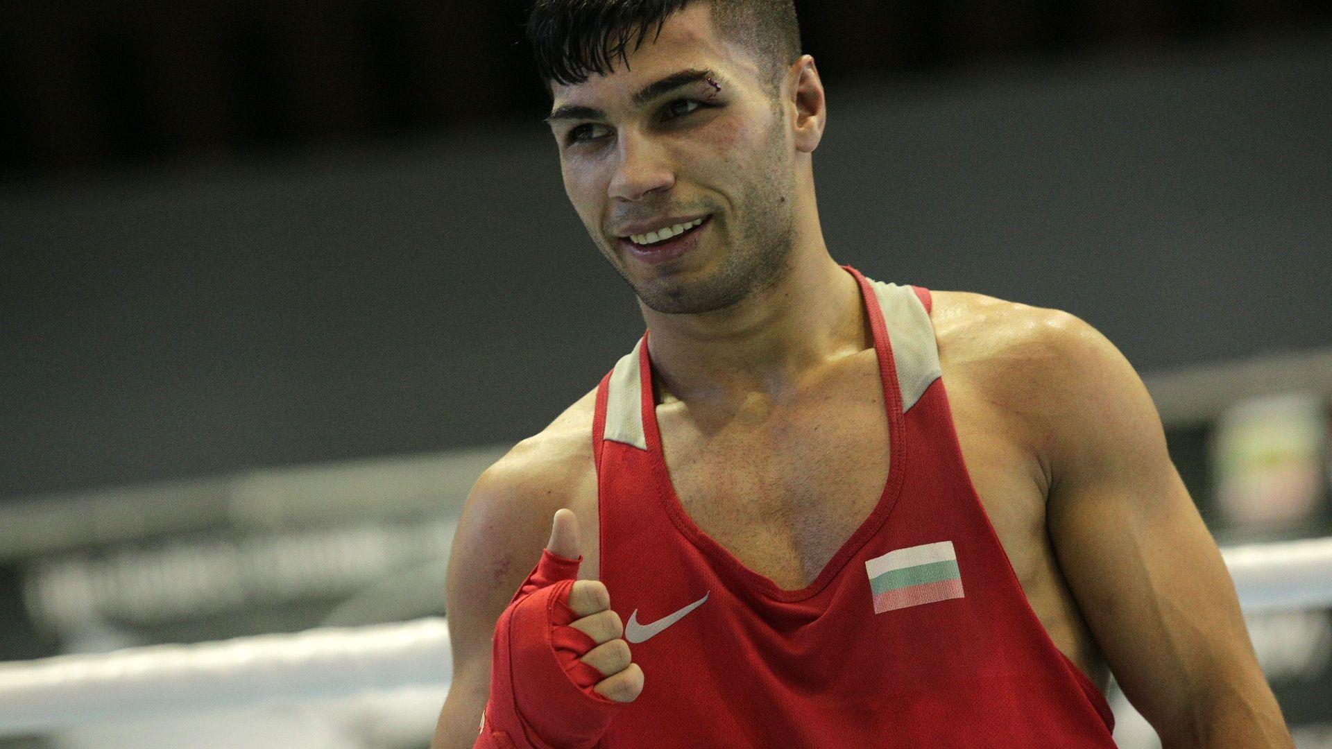 Българите ще се боксират, но олимпийската квалификация спира след това