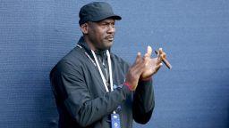 Говори великият Джордан: За НБА, Леброн и новото чудо Зайън