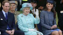 Кралица Елизабет даде нова титла на принц Уилям