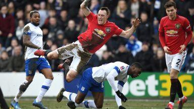 Манчестър Юнайтед се отпуши и вкара 6 гола на третодивизионен тим