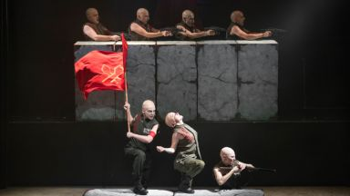 """""""Последният човек"""" на Веселка Кунчева, Шри Шри Рави Шанкар и златни мюзикъли сред акцентите в НДК"""