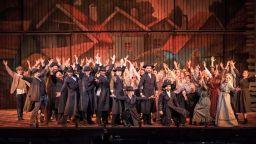 """""""Цигулар на покрива"""" - един различен спектакъл в Оперетата"""
