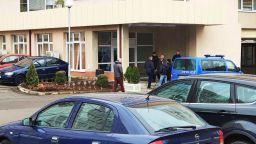 Пистолет със заличени номера е открит в самоубилия се в ДАНС