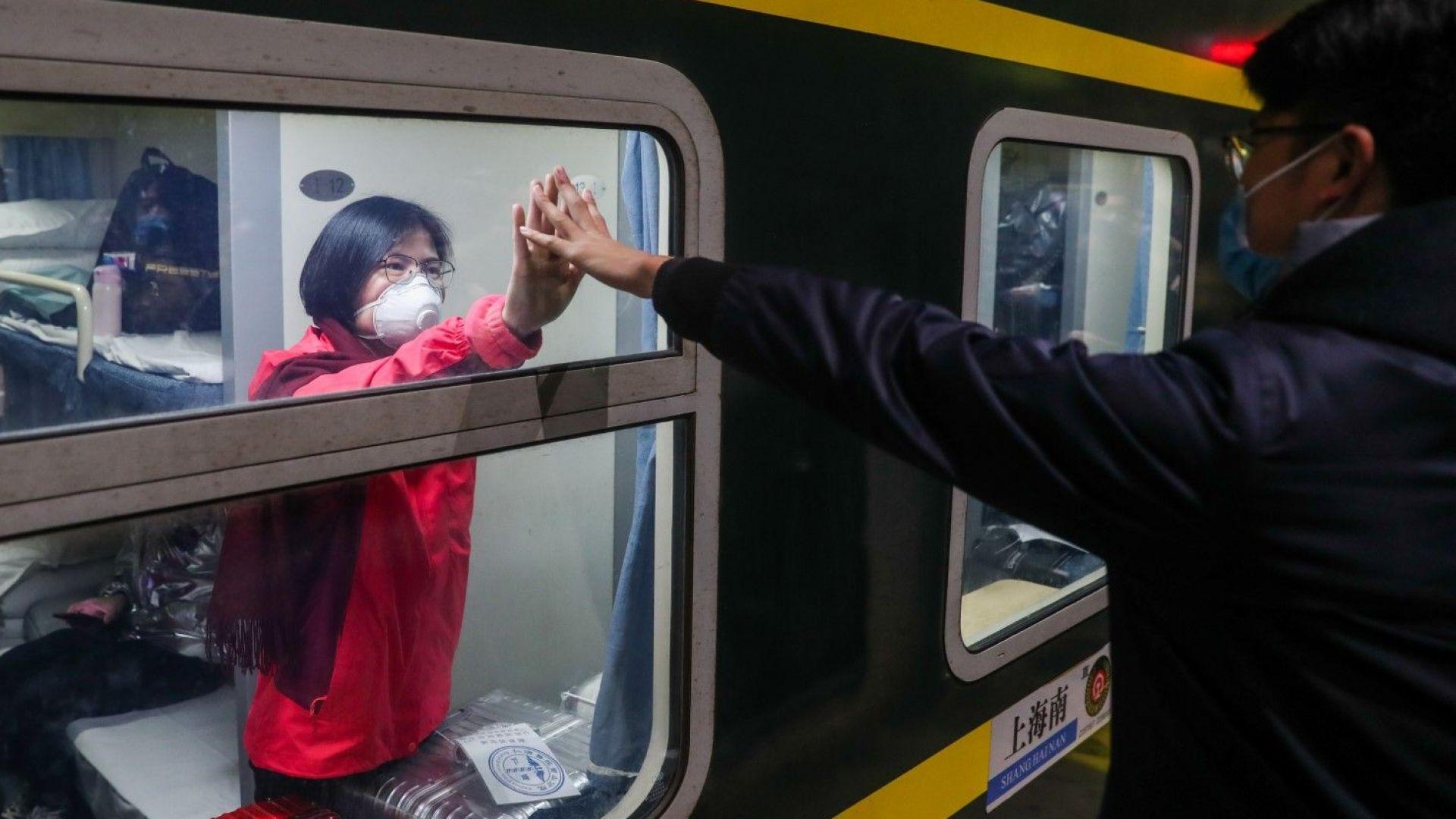 Започна масова евакуация от Китай: Българи искат ЕС да ги изтегли от опасната зона