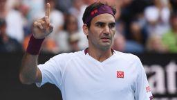 Контузеният Федерер показа воля от стомана в един странен и луд мач