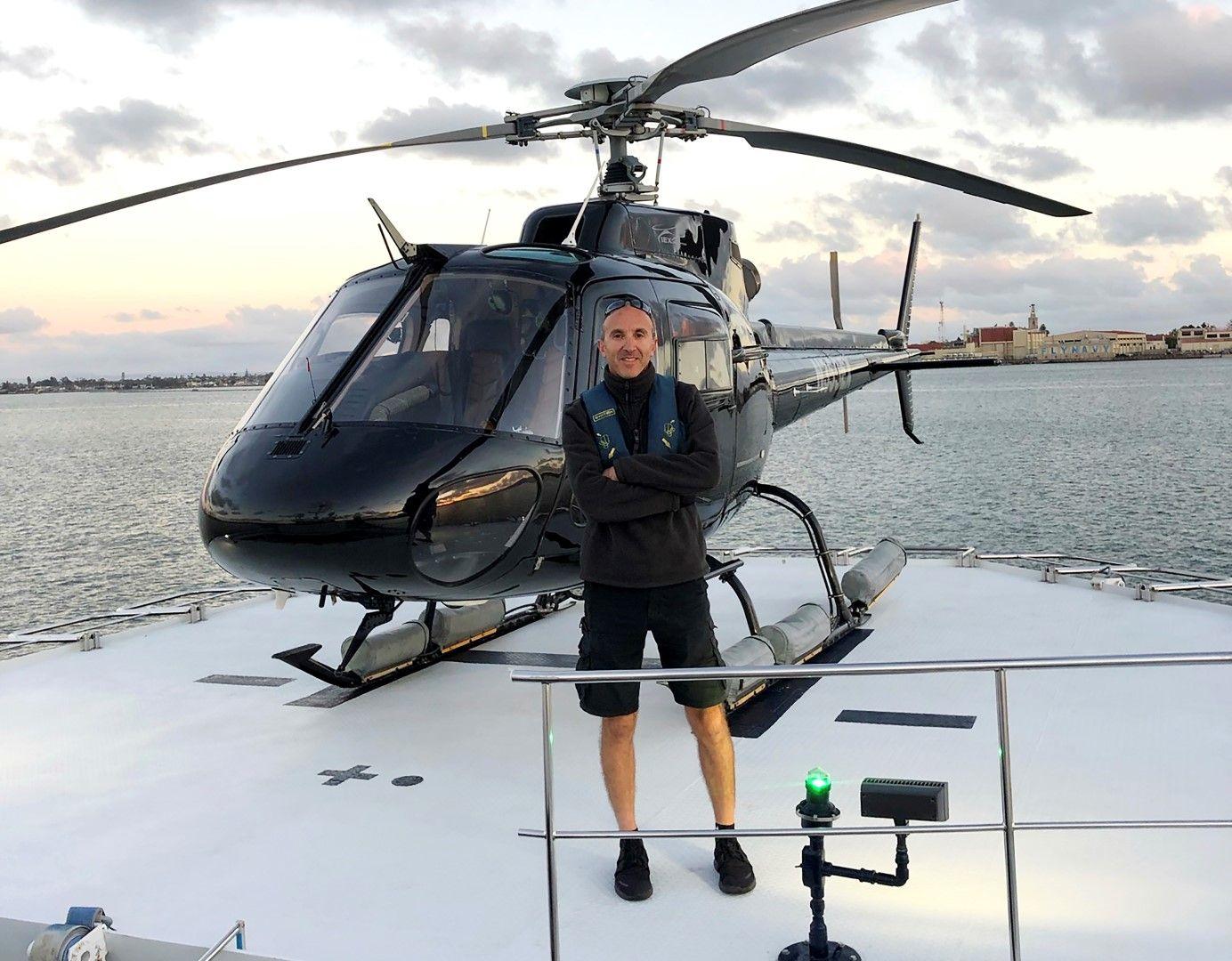 Пилотът Ара Зобаян, който е управлявал вертолета в неделя сутринта и загина в катастрофата