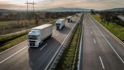 Временно спряха трафика на камиони от сръбската страна на границата