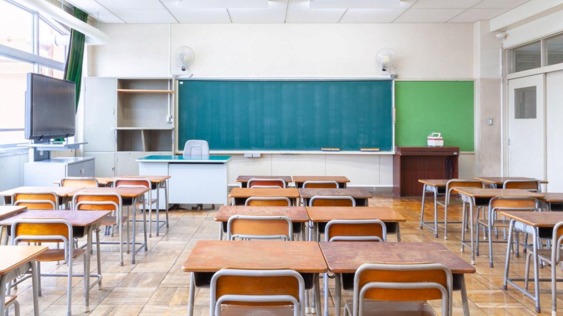 Обявяват свободните места за прием в първи клас за догодина в София