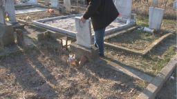 Граждани плашат с линч злосторници, осквернили гробовете на близките им