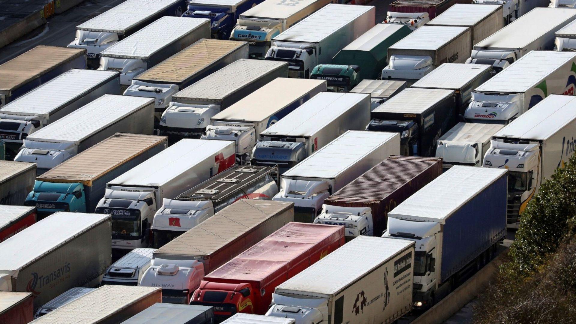 Немски съд отхвърли иск по дело за ценови картел срещу производители на камиони
