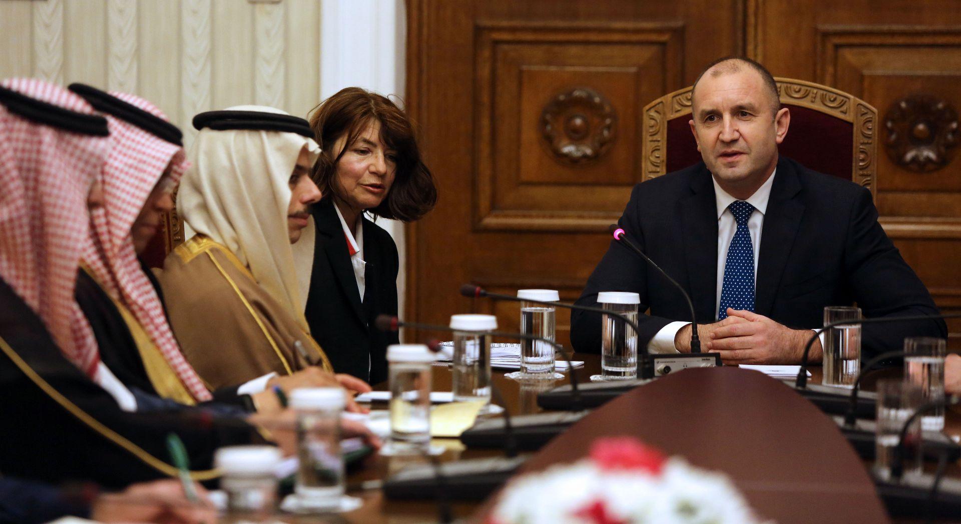 Радев по време на визитата с принц Ал Сауд.