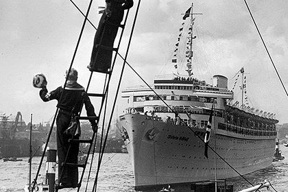 """Вилхелм Густлоф"" като круизен кораб"