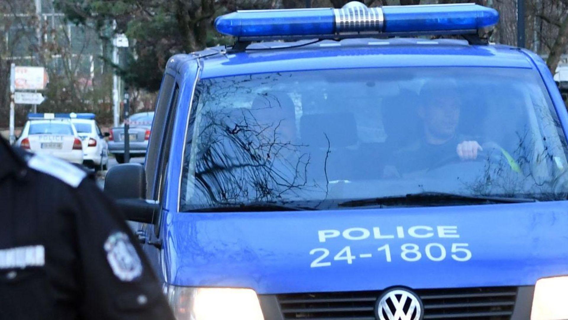Мъж рани с нож медицинска сестра и стреля в пловдивска болница