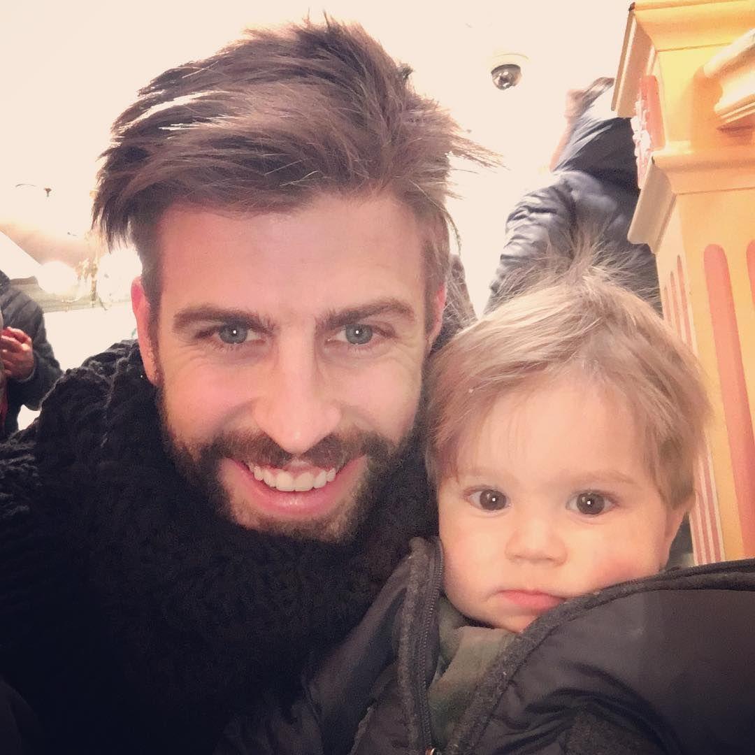 Жерар Пике със сина си Саша