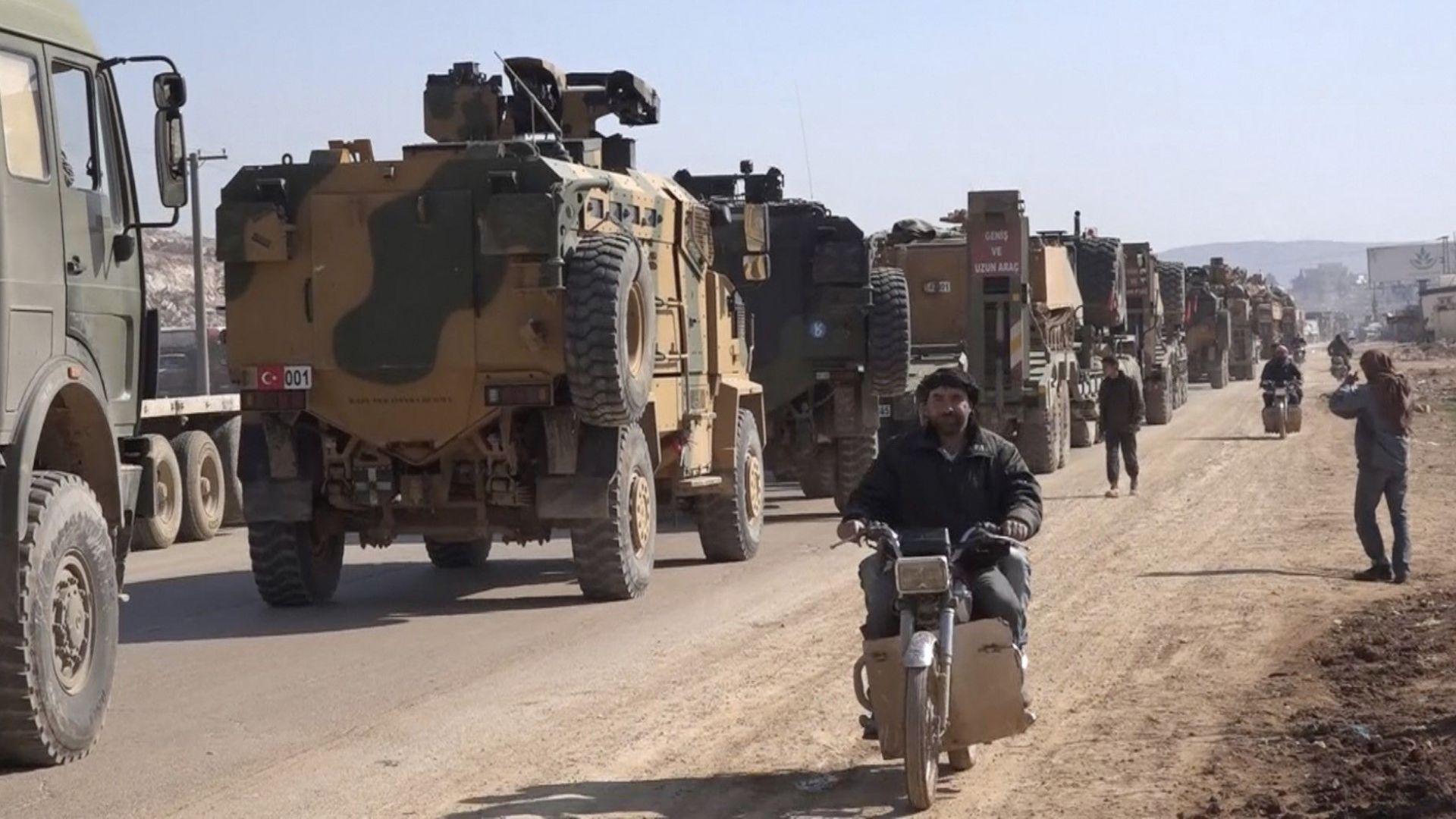 Поне 200 бойни машини са пресекли границата със Сирия