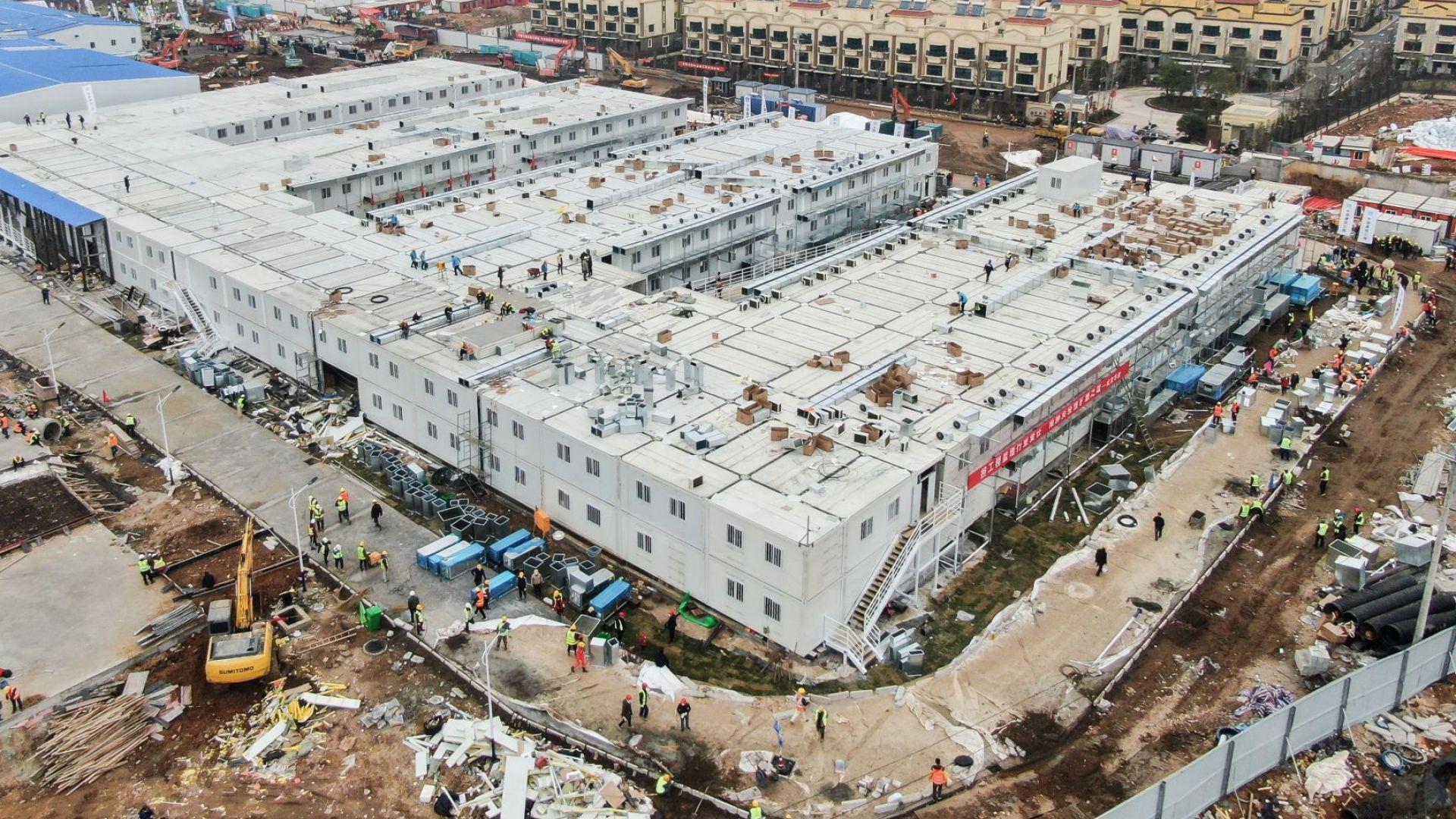 10 дни изминаха и новата болница в Ухан е построена (снимки)