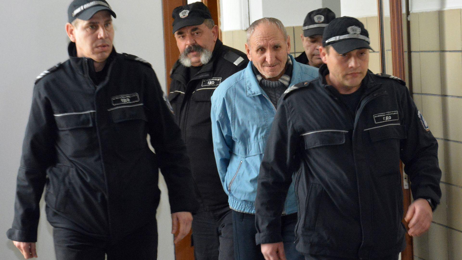 76-годишният шофьор, прегазил малката Марая, призна вината си