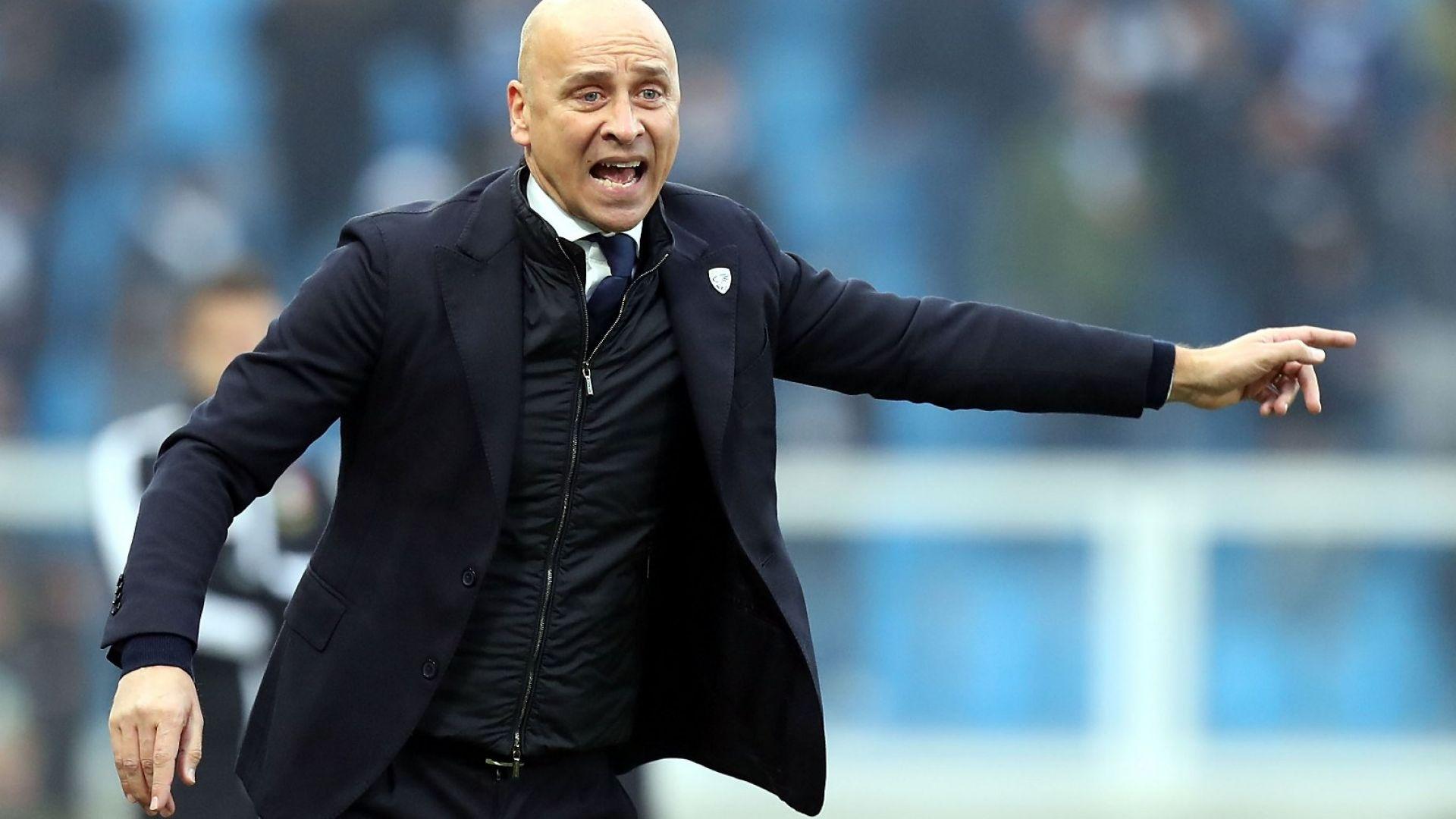 Куриоз: Бреша уволни един и същ треньор два пъти за три месеца