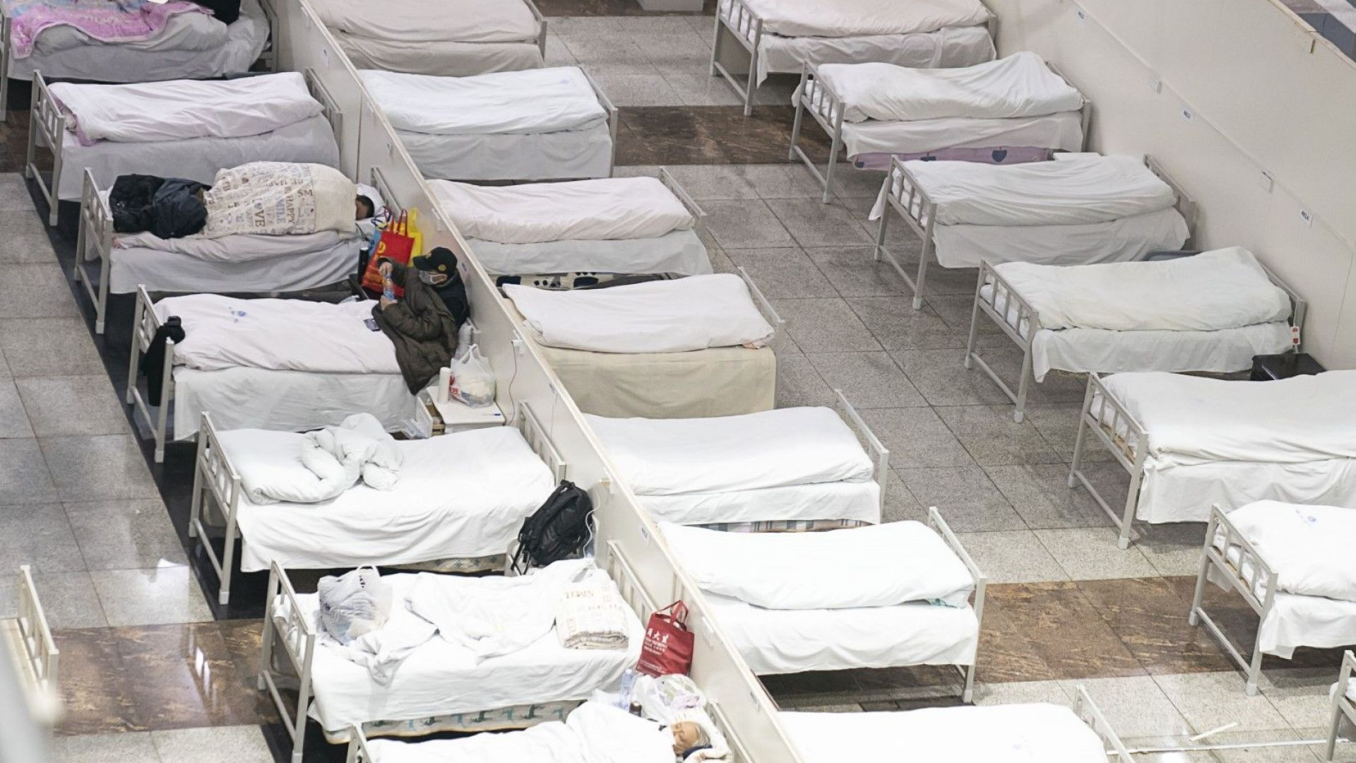 Нови 73 души са починали в континентален Китай вчера вследствие