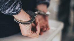 Мъж от Хасково е задържан и обвинен за блудство с малолетни