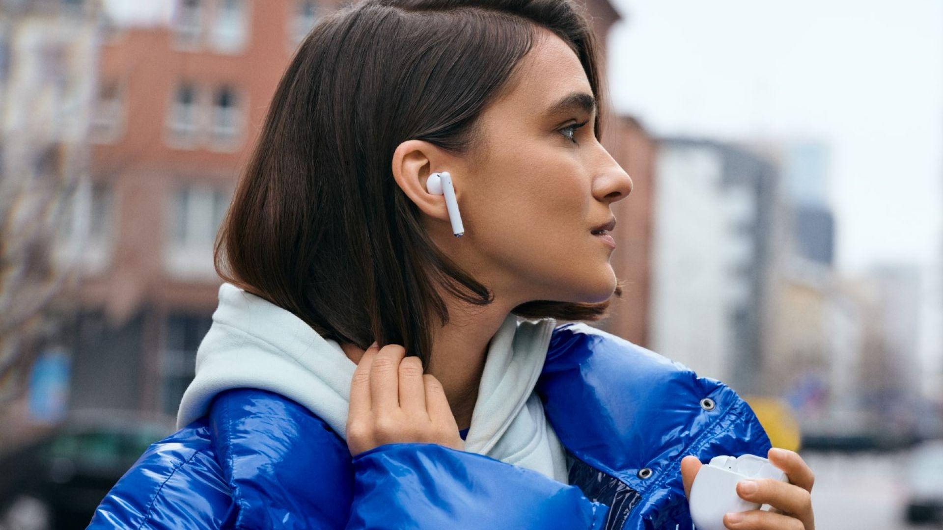 Huawei FreeBuds 3 са изключително удобни за носене в ухото
