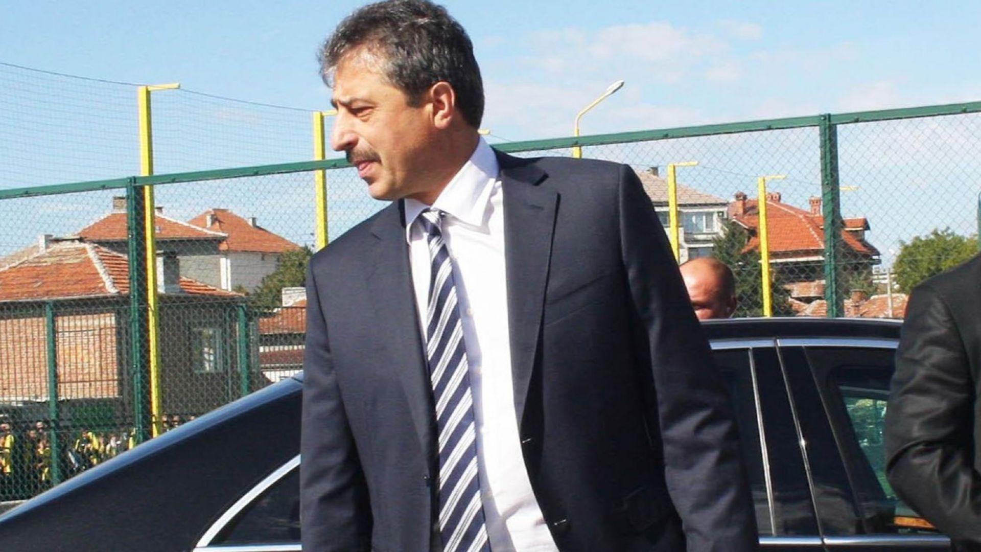 Сръбски опозиционен лидер: Цветан Василев трябва да бъде предаден на България